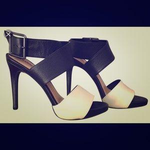 Gianni Bini Sommer Platform Sandal